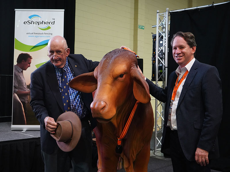 The former deputy prime minister Tim Fischer and Agersen CEO Ian Reilly att the Beef Australia Expo