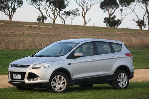 1_Ford Kuga Ambiente